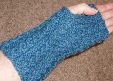 Knitting Pattern Fingerless Mittens Two Needles : Fingerless Mittens